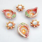 Flower and Kalka Shaped Diyas Gifts toOjhar, Diya Set to Ojhar same day delivery