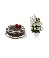 Chocolate cake with Occasion Casablanca Gifts toOjhar, Combinations to Ojhar same day delivery