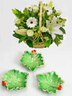 Green Diyas and Elegant Love Gifts toAmbad, Combinations to Ambad same day delivery