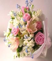Serenity Gifts toBasavanagudi, Flowers to Basavanagudi same day delivery