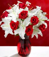 Pure Sophistication Gifts toPort Blair, sparsh flowers to Port Blair same day delivery