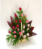 Pretty in Pink Gifts toBasavanagudi, flowers to Basavanagudi same day delivery