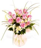 Temptations Gifts toIndia, sparsh flowers to India same day delivery